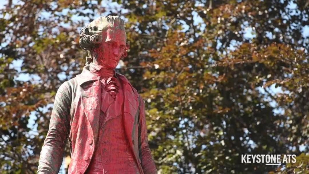 Black Lives Matter: Statue von David de Pury in Neuenburg beschmiert