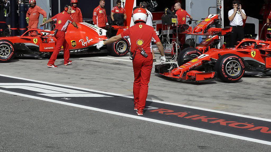 Kimi Räikkönen und Sebastian Vettel stehen in Monza in der ersten Reihe