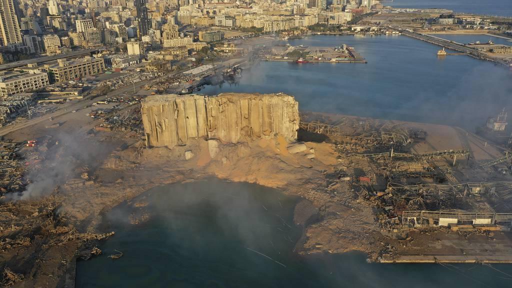 Riesige Explosion erschüttert Beirut