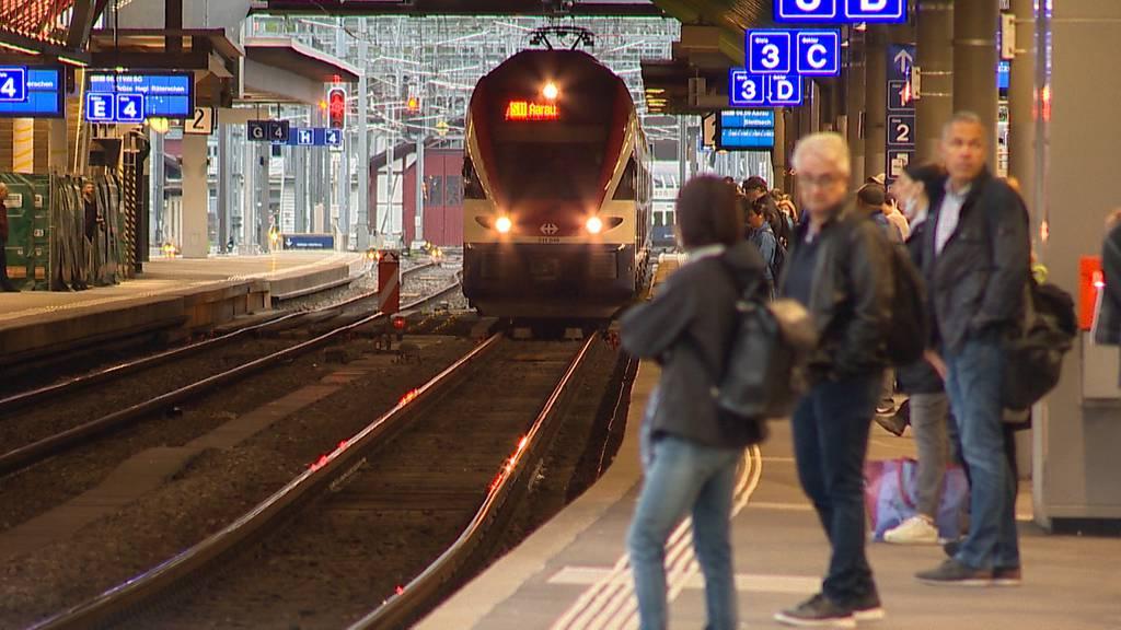 Normalfahrplan: Noch kein reges Treiben im Schweizer ÖV