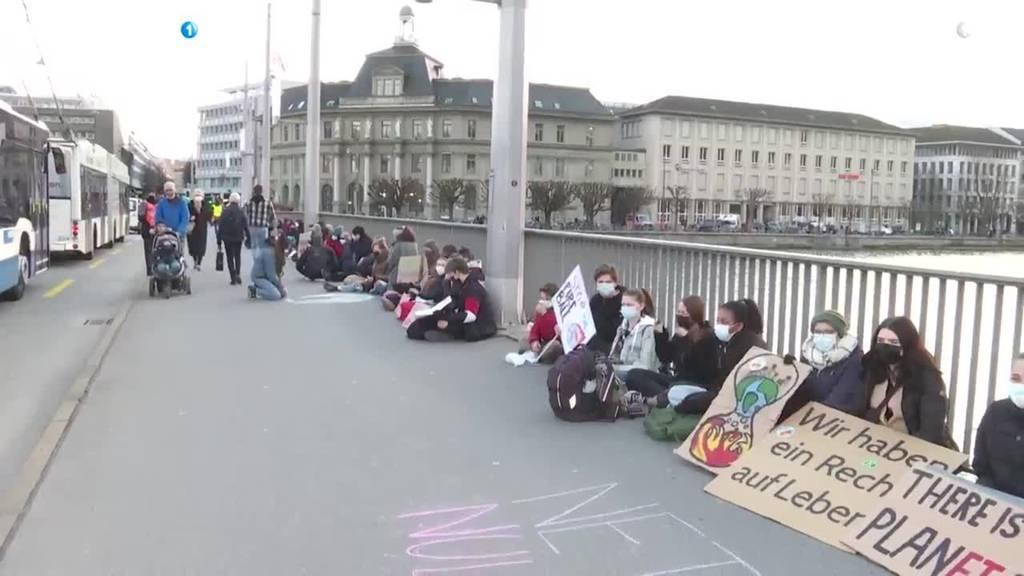 Klimastreik-Aktion in der Stadt Luzern