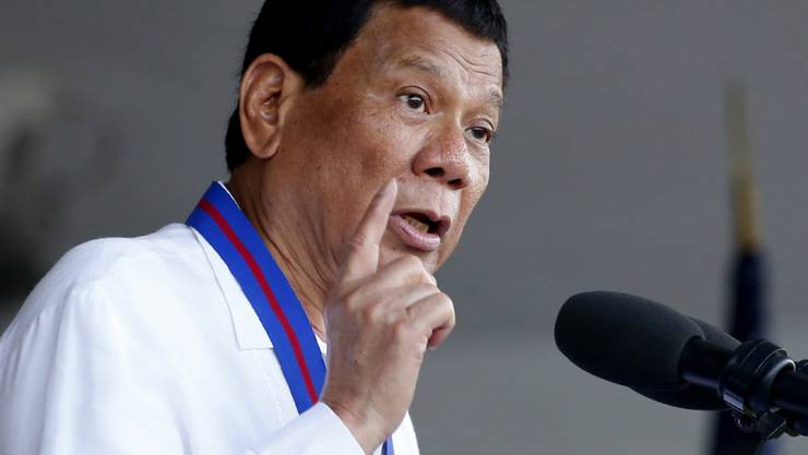 Uno-Sonderberichterstatter werfen der Regierung von Präsident Rodrigo Duterte (im Bild) massive Menschenrechtsverletzungen vorgeworfen. Seit Dutertes Amtsantritt vor drei Jahren habe sich die Lage auf den Philippinen stark verschlechtert. (Archivbild)