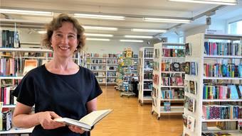 Bibliotheksleiterin Manuela Lo liest bei jedem Krimi zuerst den Schluss.