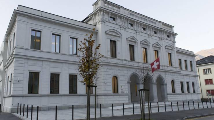 Vor dem Bundesstrafgericht in Bellinzona muss sich ein 63-jähriger Italiener verantworten, der ein Vertrauensmann der `Ndrangheta sein soll.