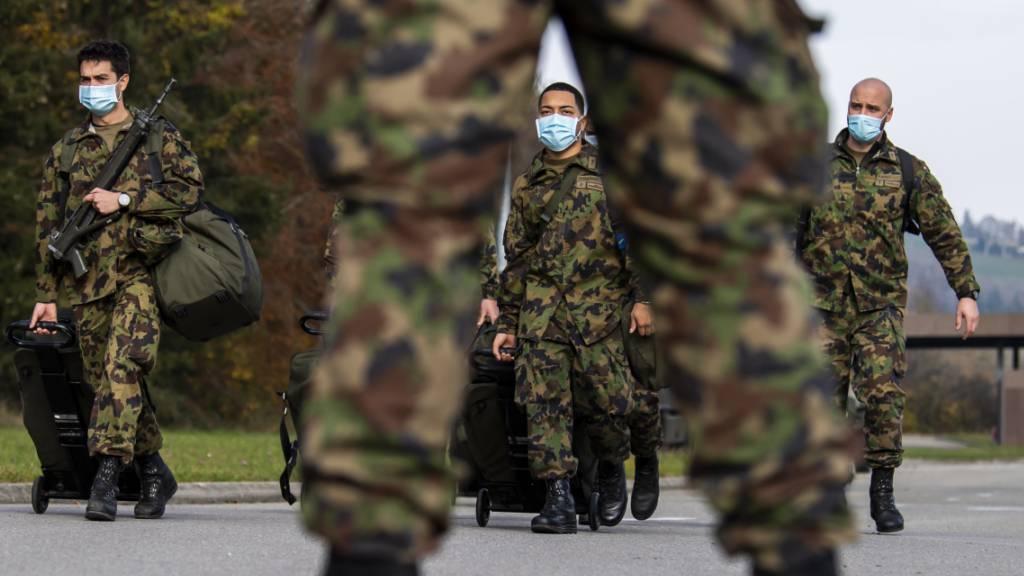 Armee verzeichnet 39 Meldungen zu Extremismus