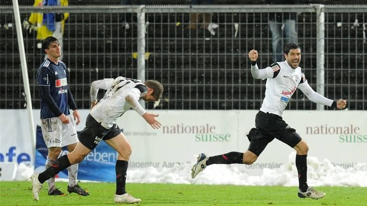 Dante Senger (r.) trifft für Aarau zum 1:0