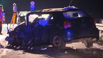 Bei einer Frontalkollision sind am Samstagabend in Landquart GR vier Menschen verletzt worden.