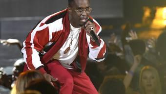 """Sean """"Diddy"""" Combs musste sich das Knie operieren lassen. (Archivbild)"""