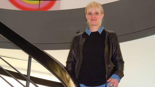 Karoliina Elmer, hier im Aargauer Kunsthaus, wo jüngst eine Ausstellung mit Werken des Brugger Malers Adolf Stäbli eröffnet worden ist.