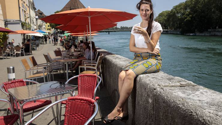 Elisabeth Schubiger nach ihrer Rückkehr aus Kenia am Solothurner Landhausquai – bald geht sie wieder zurück; wieder nach Kenia.