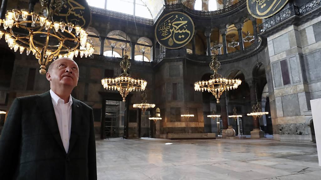 Machtsymbol und Haus Gottes - die Hagia Sophia öffnet als Moschee