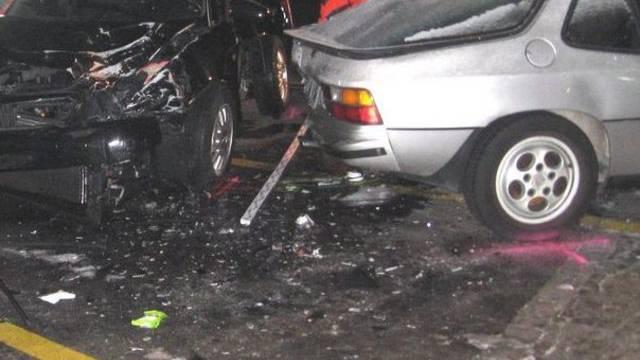 Polizei: Verfolgungsjagd verursachte tödlichen Raser-Unfall in Genf Ende Dezember (Symbolbild)