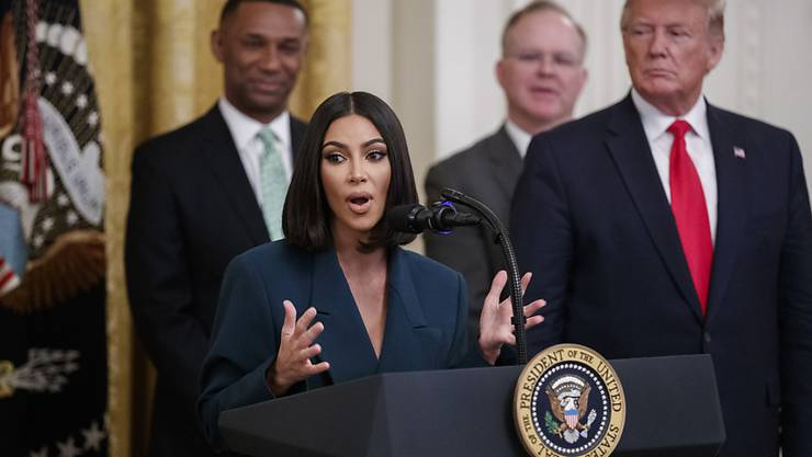 Der US-Fernsehstar Kim Kardashian West war am Donnerstag erneut zu Gast im Weissen Haus.