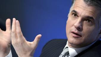 UBS-Chef Sergio Ermotti kritisiert die Höhe der Bussgelder für Banken.