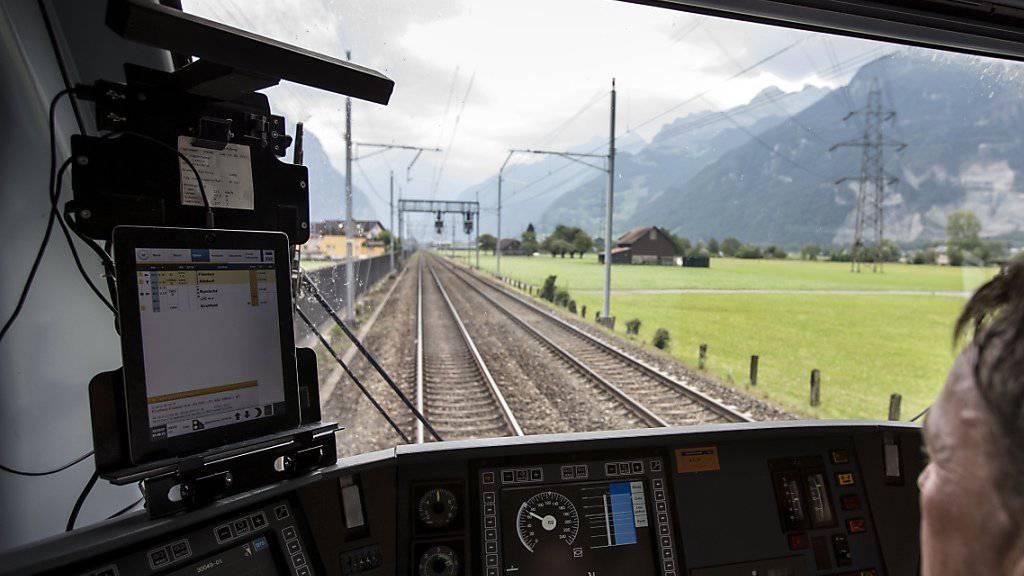 Das neue Zugsicherungssystem ETCS L2 leidet noch an Kinderkrankheiten und sorgt für Unterbrüche am Gotthard. (Archiv)
