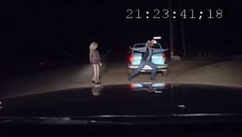 Der wohl lustigste betrunkene Autofahrer seit langem ...