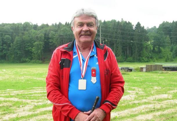 René Sollberger, Mitglied der Sportschützen Zuchwil, hat beim Eidgenössischen Feldschiessen das Maximum von 72 Punkten erreicht