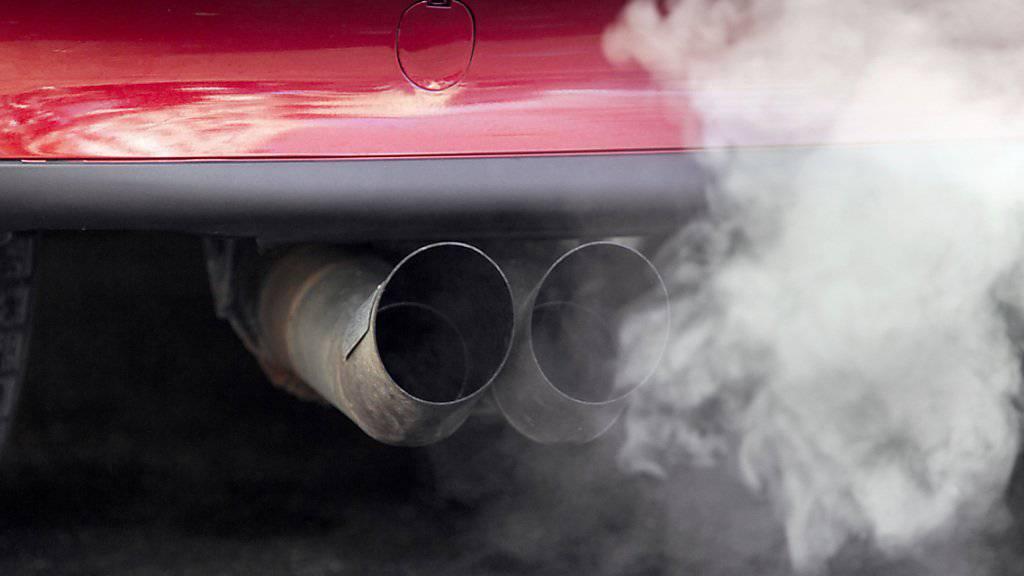 Im Wallis steigen die Motorfahrzeugsteuern an. (Symbolbild)