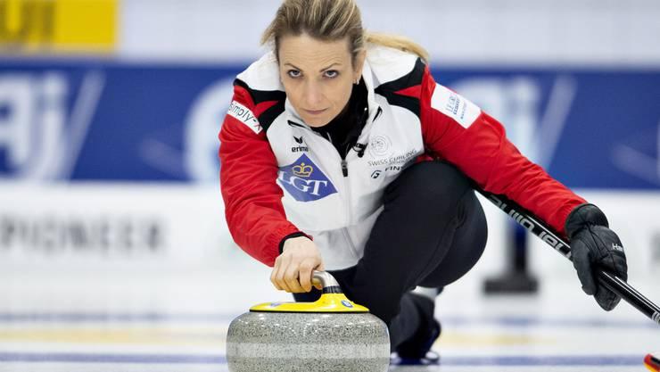 Die Schweizer Curlerinnen um Skip Silvana Tirinzoni gewinnen gegen Schweden.