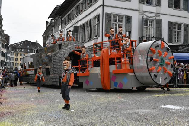 Nach dem positiven BAV-Entscheid zur Sanierung des Weissenstein-Tunnels machte die Zunft mit ihrer Tunnelbohrmaschine den Weg für die erste ICE-Durchfahrt frei.
