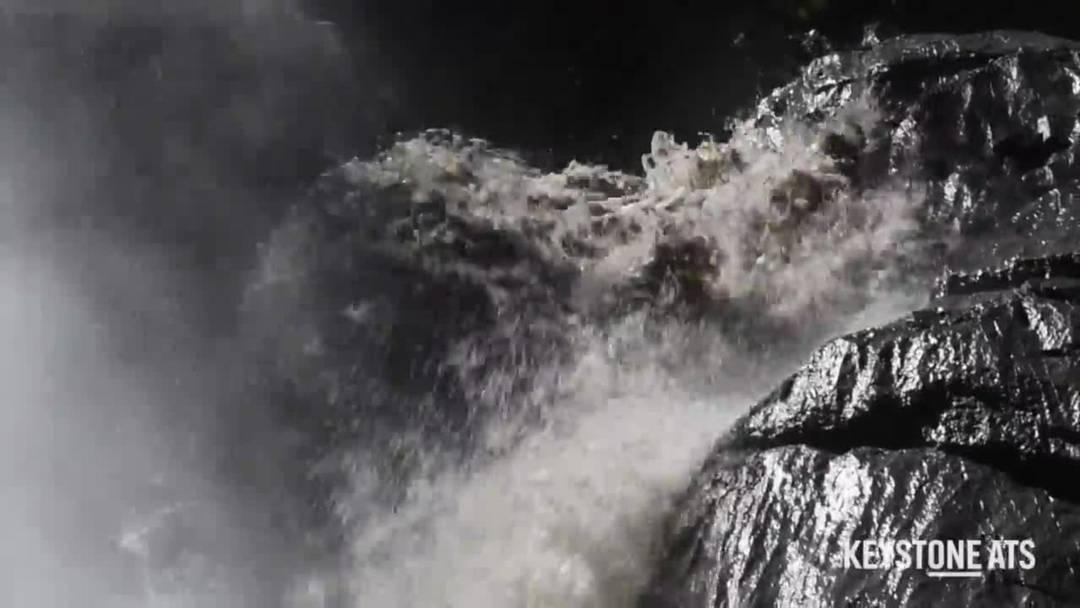 Auslaufender Lenker Gletschersee sorgt für Hochwassergefahr