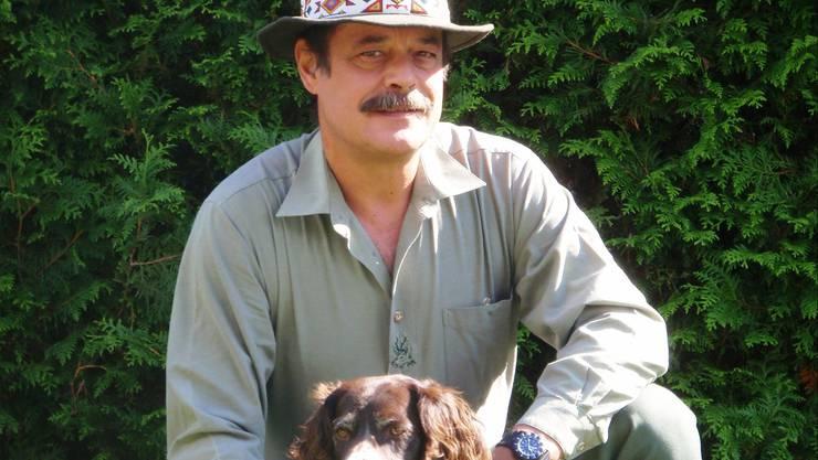Jagdaufseher Martin Wyler hat eine App entwickelt, die bei überfahrenen Wildtieren hilft.