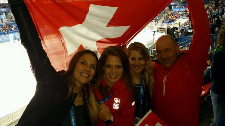 Schelling mit Mirjam Jäger, Fanny Smith und Didier Cuche (von links)
