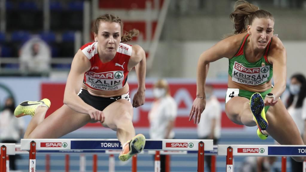 Mehrkämpferin Annik Kälin touchierte die fünfte Hürde und erlitt dabei einen Schlag in den Rücken, der zur Aufgabe des Wettkampfs führte