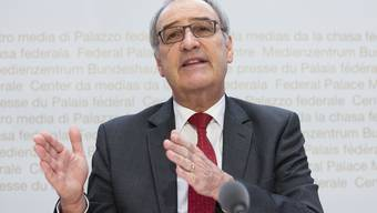 Bundesrat Guy Parmelin besprach mit den G20-Handelsministern die Auswirkungen der Coronakrise.