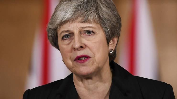 May ist bereits zwei Mal mit ihrem Abkommen im Parlament gescheitert.