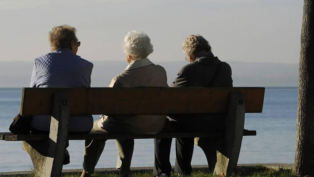 Im Nationalrat zeichnet sich Mehrheit für Frauen-Rentenalter 65 ab