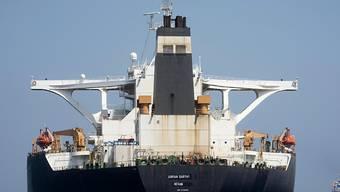 Die USA haben am Freitag einen iranischen Tanker und dessen Kapitän mit Sanktionen belegt. (Archivbild)