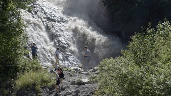 Die Simme oberhalb Lenk führt am Freitag Hochwasser, nachdem sich der Faverges-Gletschersee teilweise entleert hat.