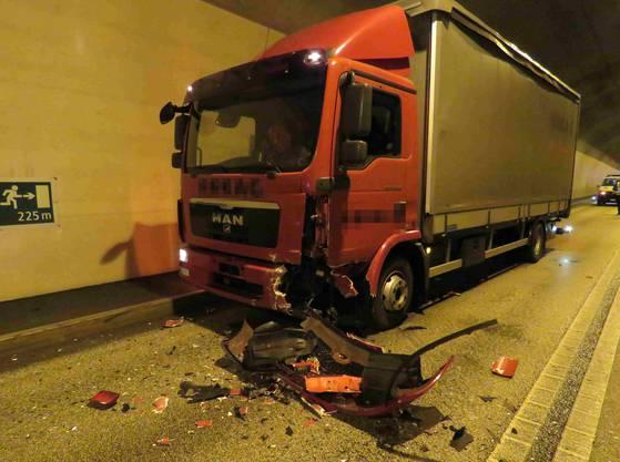 Aarburg AG, 29. Januar: Der Lastwagenchauffeur erlitt einen Schock, aber keine Verletzungen.
