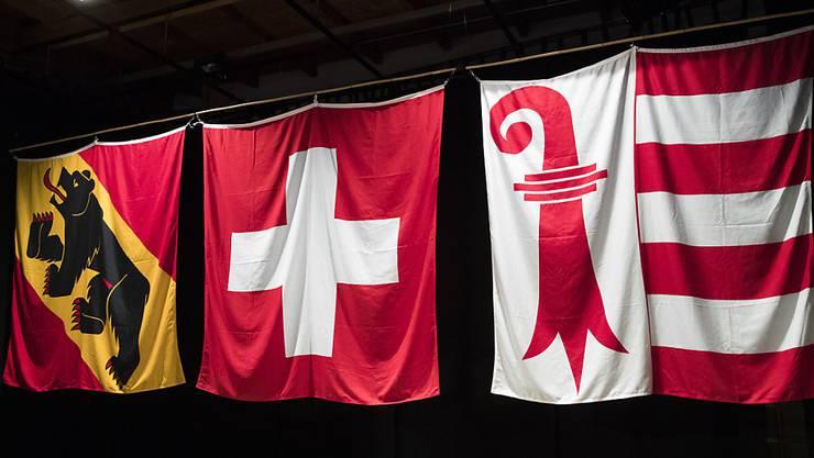 """Die Abstimmung über den Kantonswechsel von Moutier von Bern zum Jura hat keine strafrechtlichen Konsequenzen. Die Berner Staatsanwaltschaft fand keine Hinweise auf """"gekaufte"""" Stimmzettel. (Archivbild)"""