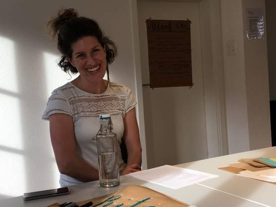 Kreativität in Person: Kursleiterin Mia Peterhans vom Frauenverein