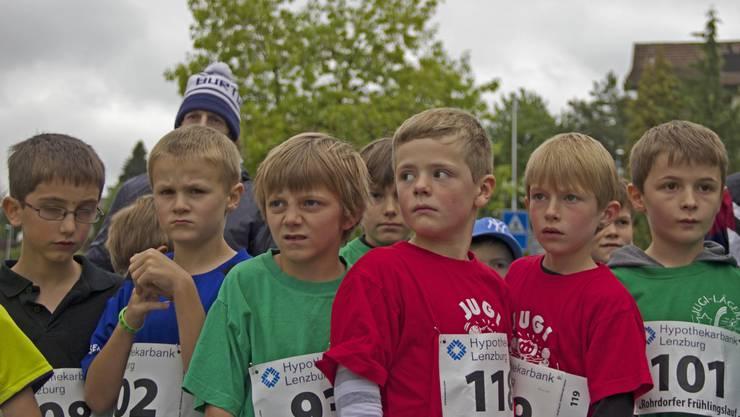 Hochkonzentriert warten die Jungs auf den Startschuss.