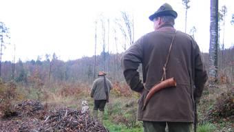 Der Präsident des Hegerings Leberberg weist an der Generalversammlung darauf hin, wie wichtig gute Öffentlichkeitsarbeit für die Jägerschaft ist. (Symbolbild)