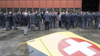 """Jahresrapporte von grossen Armeeverbänden, im Bild jener der Schweizer Luftwaffe 2018 auf dem Flugplatz in Emmen, profitieren auch von privatem Sponsoring. Ein Prüfbericht bezeichnet dieses passive Sponsoring als """"heikel""""."""