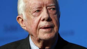 Leidet nach eigenen Angaben an Leberkrebs: der ehemalige US-Präsident Jimmy Carter, hier bei einem Auftritt im November 2014. (Archiv)