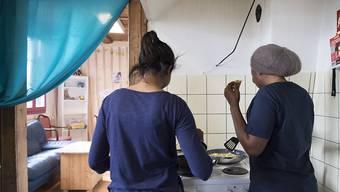 Nach dem Volks-Nein zum Asylsozialhilfekredit ist offen, wie minderjährige Asylsuchende im Kanton Bern künftig untergebracht werden.