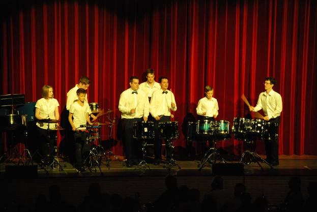 6_Nach der Pause heizten die Swiss Jungle Drummers dem Publikum ein