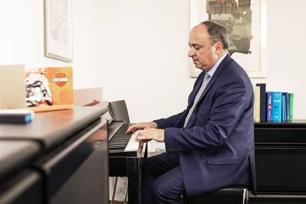 Markus Dieth in seinem Büro in Aarau.