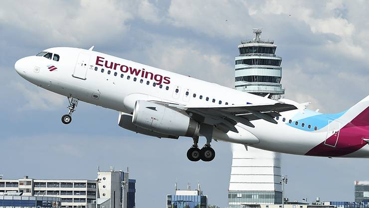 Kostenbremse: Der Billigflieger Eurowings, der auch Zürich und Genf anfliegt, wird künftig selbst nur noch die Kurzstrecken in Europa abwickeln, das Langstrecken-Geschäft wird künftig von der Mutter Lufthansa gesteuert. (Archivbild)