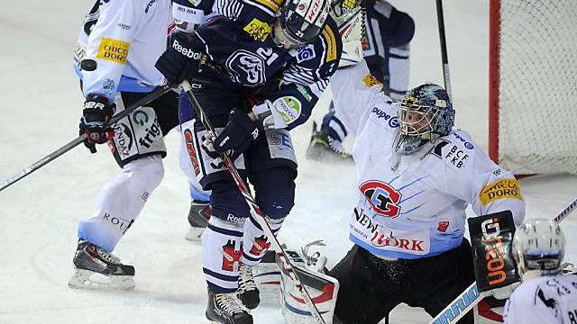 Fribourg-Goalie Benjamin Conz hielt sein Tor sauber