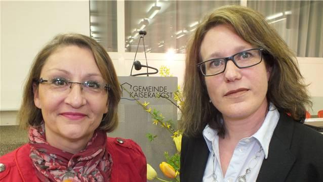 Das Führungsduo der Gemeinde will Kaiseraugst bewegen: Gemeindepräsidentin Sibylle Lüthi-Bolinger und Vizepräsidentin Françoise Moser-Aigeldinger bei der Bekanntgabe der Legislaturziele. – Foto: wwl.