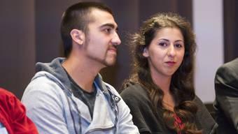Funda Yilmaz mit ihrem Freund. Auch wegen Heiratsplänen lehnt sie das Angebot, Einwohnerrätin zu werden, ab.