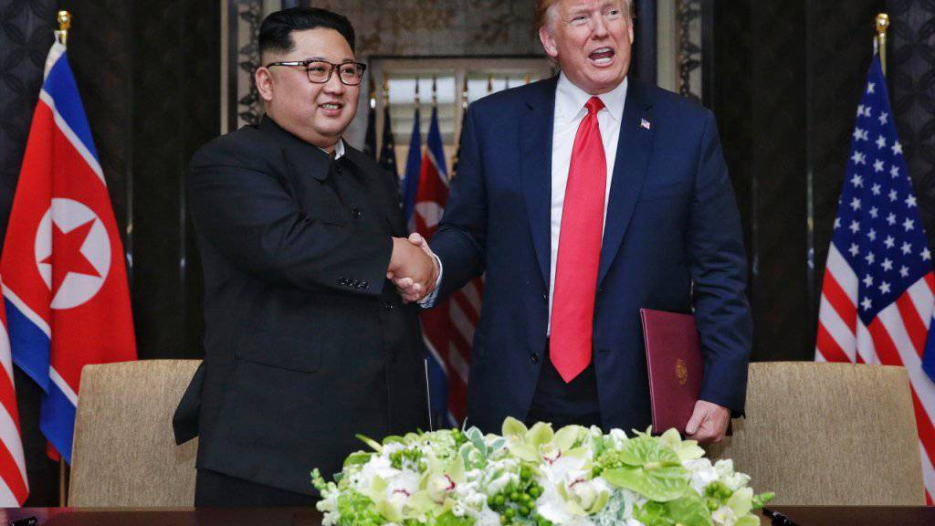 Der Diktator Nordkoreas Kim Jong Un und US-Präsident Donald Trump sollen nach ihrem ersten Treffen in Singapur nunmehr erneut in Hanoi zusammenkommen. (Archivbild)