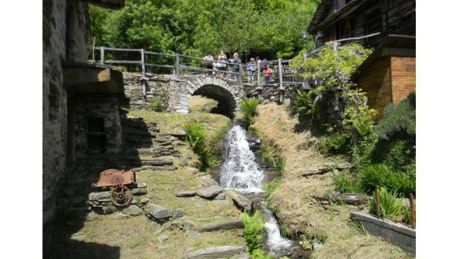 Malerisches Dörfchen auf der Pilger-Route. Foto: HO