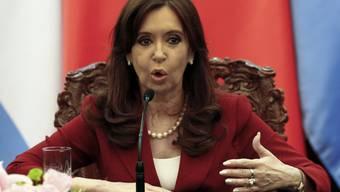 Viele Argentinier glauben, Kirchner habe Nisman töten lassen